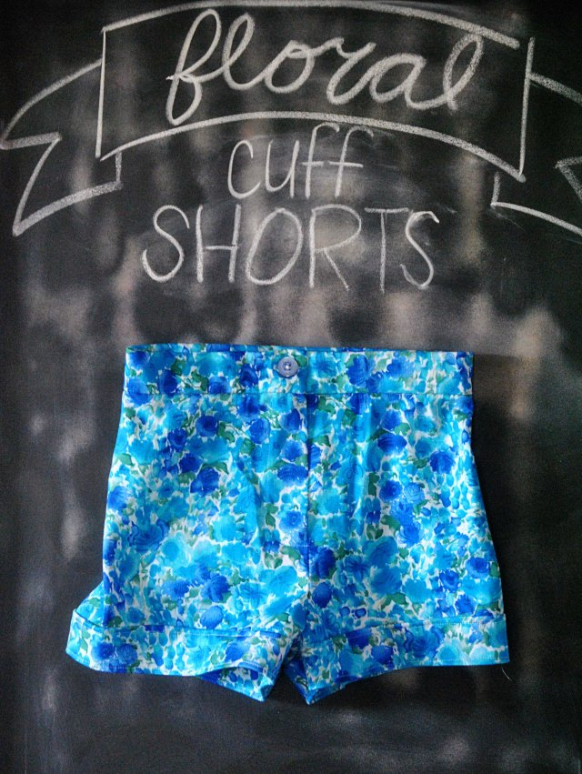 floral cuff shorts
